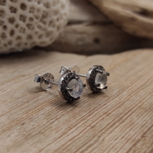 Silver earrings with natural stone surrounded by diamonds. Timeless and romantic style earrings. The perfect present!