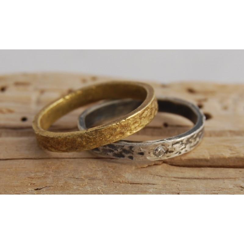 Alianza de boda artesanal pasos del amor