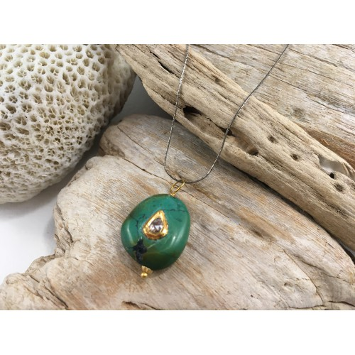 TURQUOISE YESHE GOLD DIAMOND BLUE CHARM