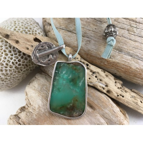 CHRYSOPRASE NECKLACE ANTIK INDIAN MEDALLON SHIVA FEET PRINCESS