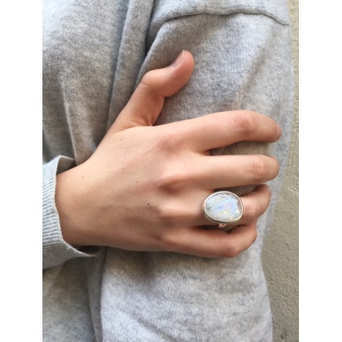 MOONSTONE ANGIE RING