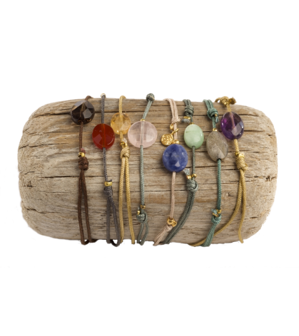 Bracelets and Necklaces with semiprecious natural stones. Handmade jewels Happy Stones